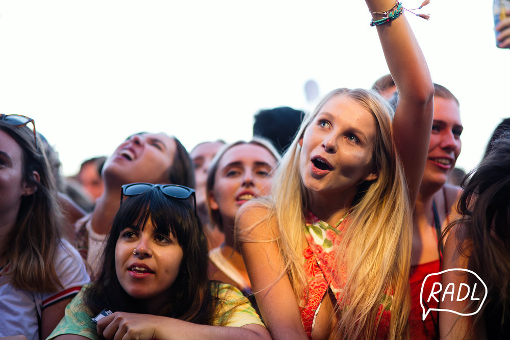 crowd_9.jpg