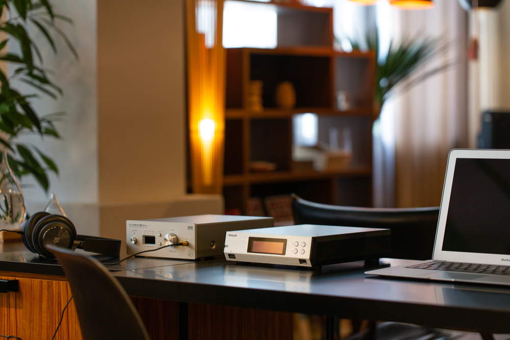 MELCO N100 music library lifetyle 1