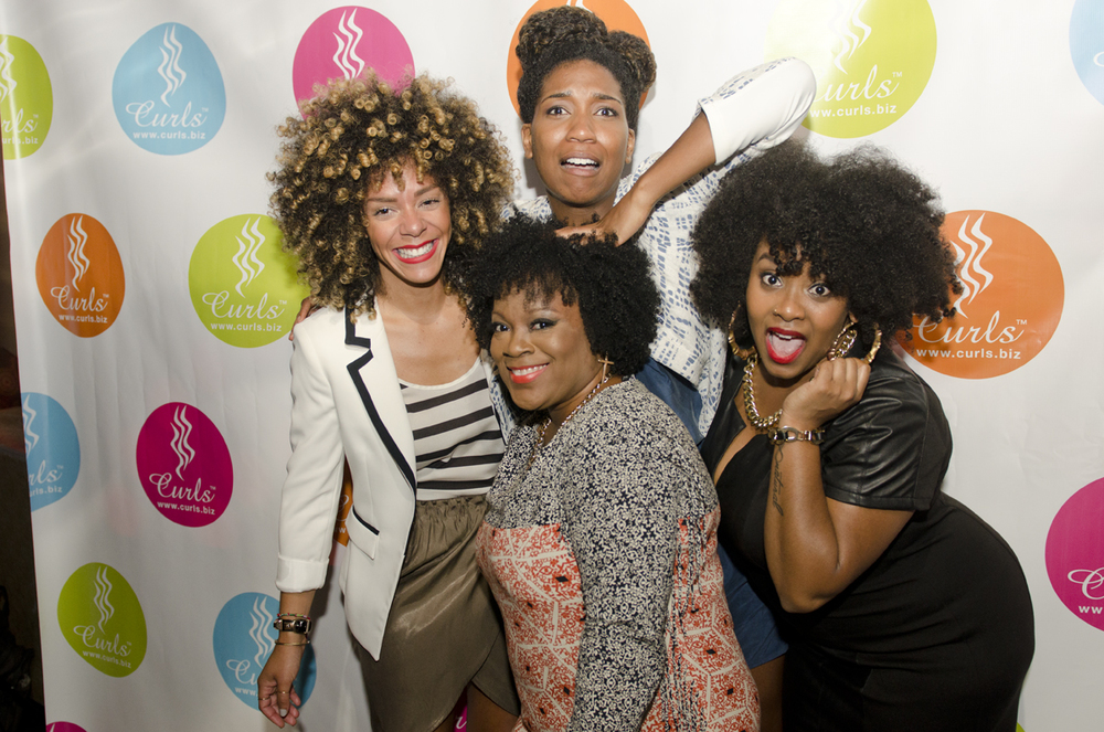 Whitney of  Naptural85 , Yolanda of  etcblogmag. com  and CURLS manager Julian Addo