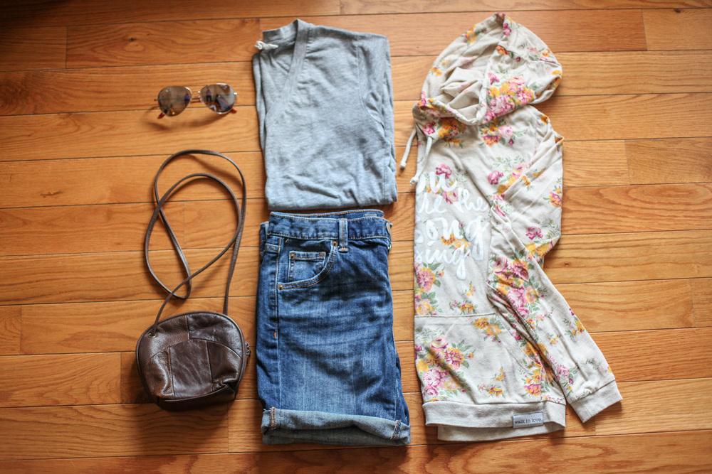 Jean Shorts:  Target  Purse:  Garage Sale  T-Shirt:  F21  Sweatshirt:   Walk in Love   Sunglasses:  Target