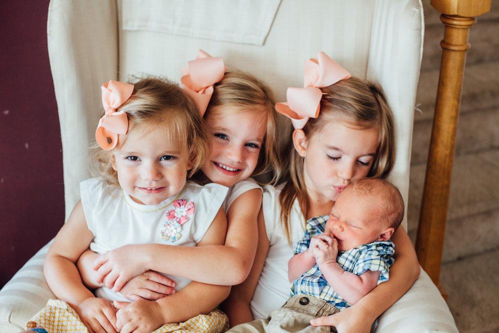 Orlinski Newborn-Family 17-3470.jpg