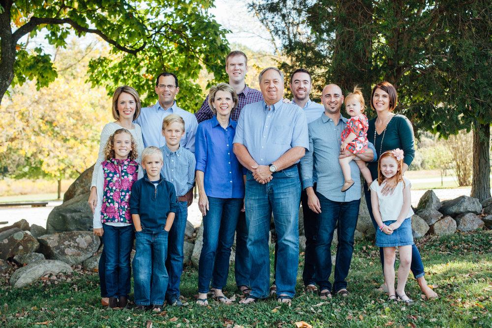 Nace Extended Family 17-6446.jpg