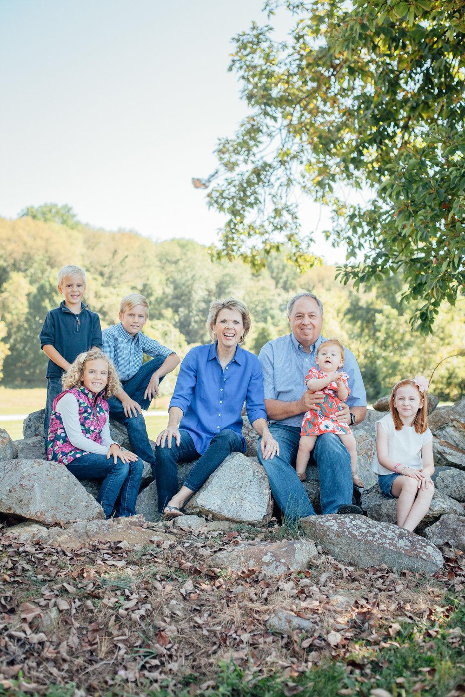 Nace Extended Family 17-6555.jpg