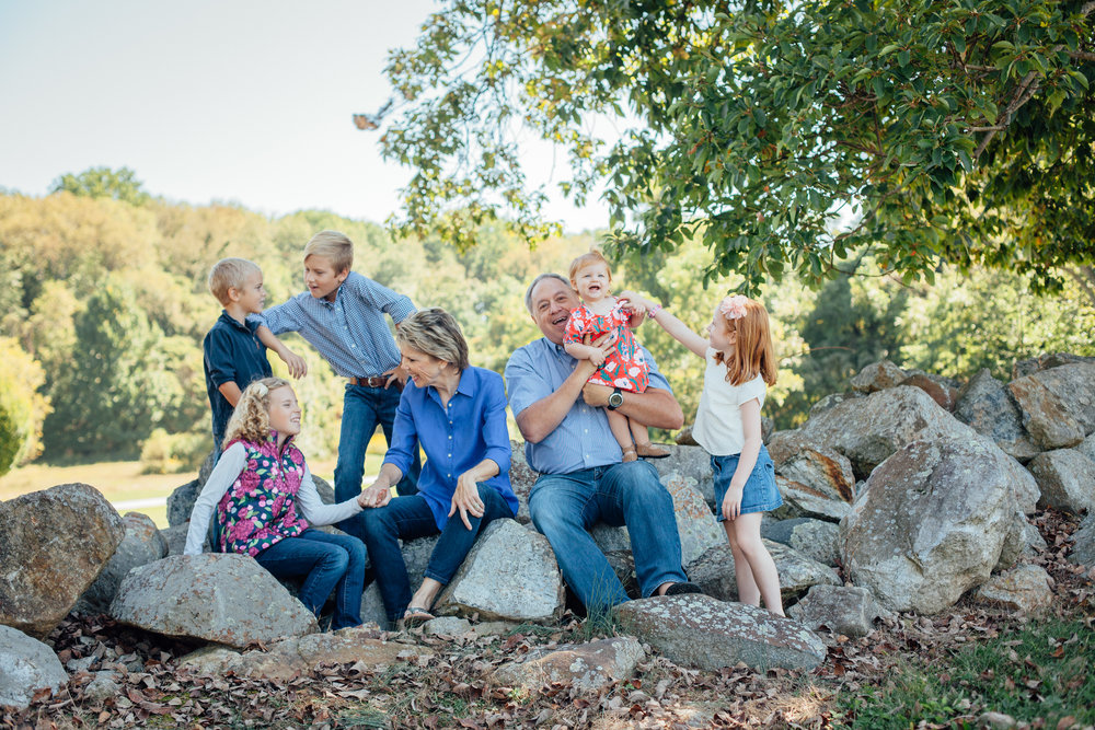 Nace Extended Family 17-6559.jpg
