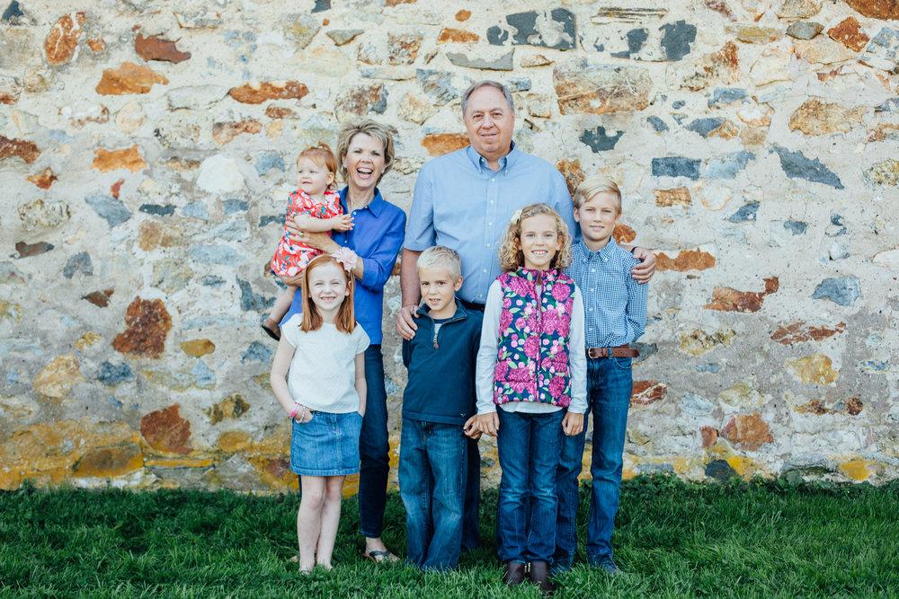 Nace Extended Family 17-6624.jpg