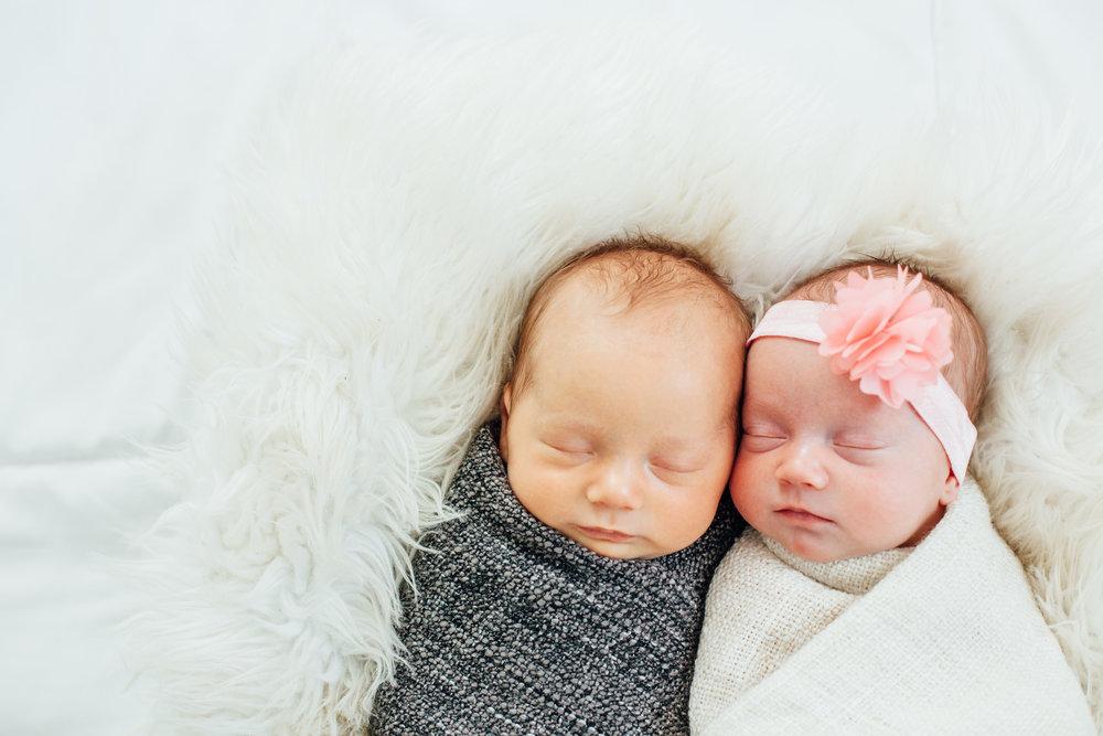Britton Twins Newborn-1853.jpg