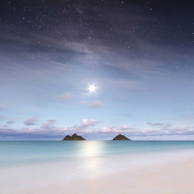 If there is a place on earth that feels better than this,  I haven't found it yet. Lanikai moonshine.  #lanikai #kailua #oahu #beach #paradise #moonrise #hawaii #travel #slcimages @venturehawaii @hawaiimagazine @honolulumag @huffposthawaii