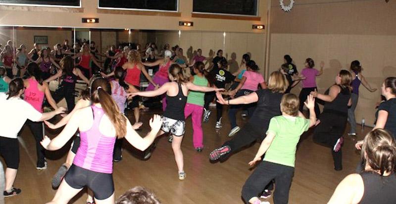 zumba-classes-with-phoebe-flanagan-at-40-below-fitness-fairbanks-alaska-02.jpg