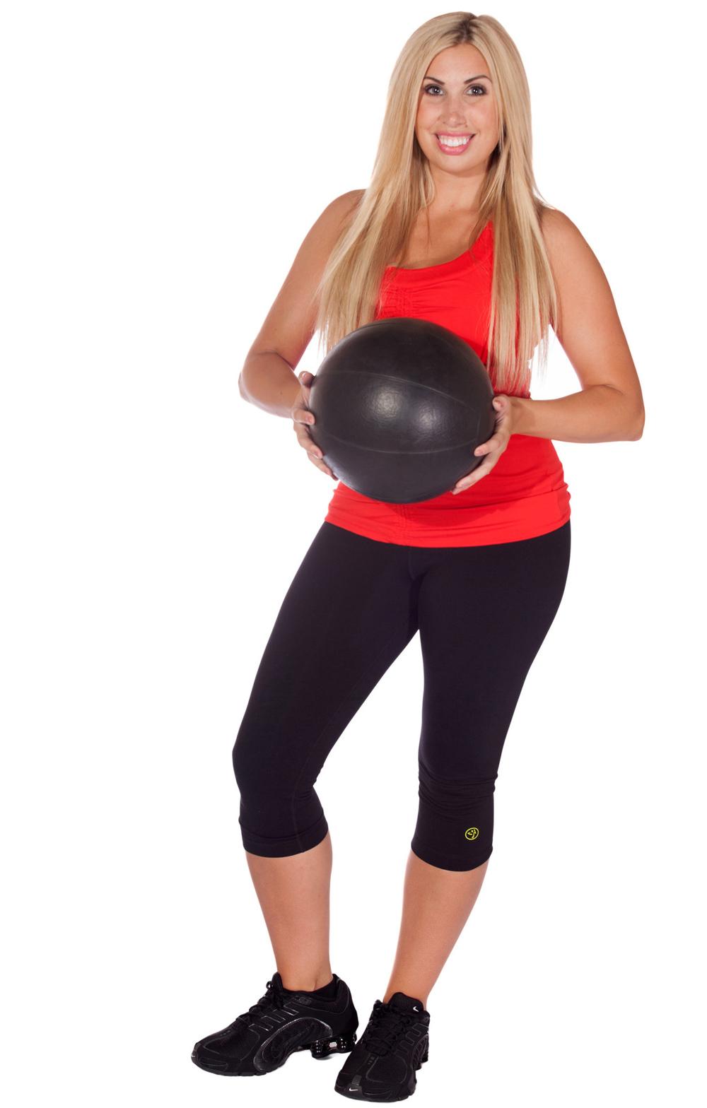 phoebe-flannagan-with-ball-40-below-fitness-center-fairbanks-ak-151-web-5.jpg