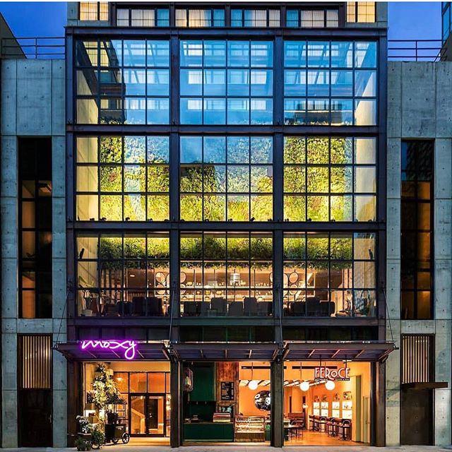 Loving the brand new @moxychelsea ...what do you think? Cute or nah? ... ... #moxyhotels #moxychelsea #hotel #nychotels #nyc #chelsea #realestate #cre #hospitality #luxury #luxurylifestyle #luxuryproperties #luxuryrealestate #marketing #publicrelations