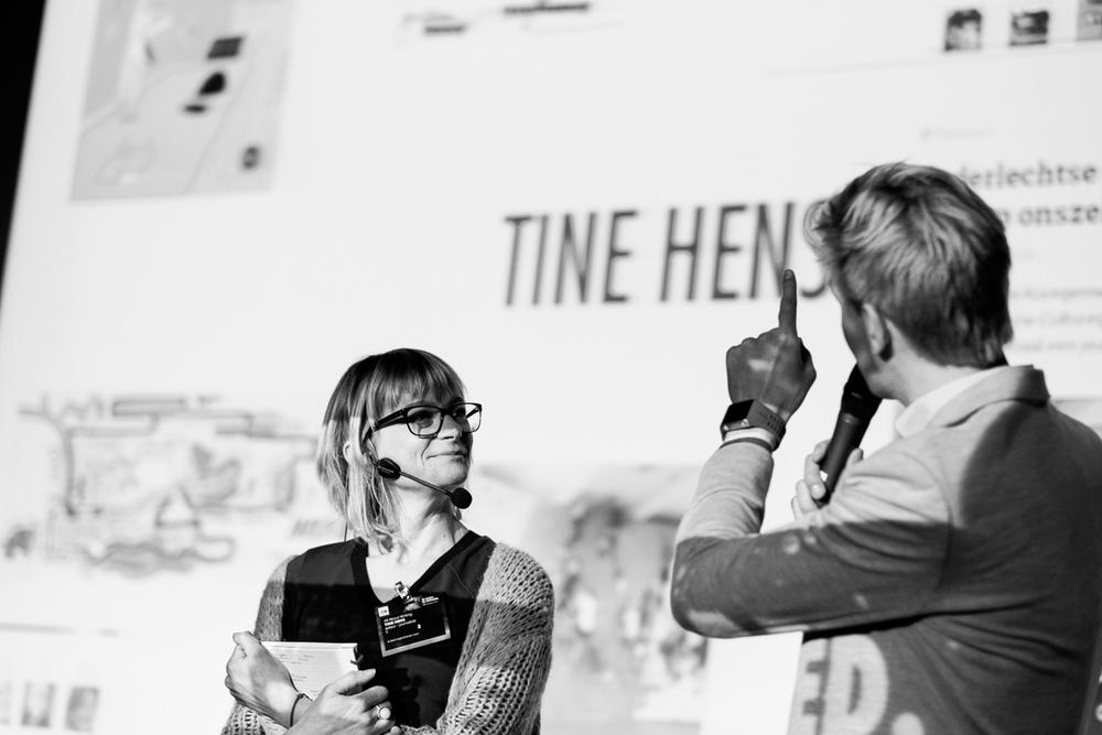 Look who's back! Twee jaar geleden waren we al eens te gast op het  ISB congres . Ook in 2016 mochten we de koningin der sport-assemblees vanop de eerste rij verslaan. Fotoreportage van de hand van de eventfotograaf van iso800.