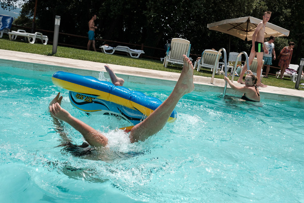 iso800-trouw video-Toscane-zwembad