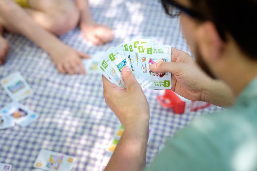 iso800-commerciëel fotograaf-antwerpen-cartamundi-sfeerbeelden-gezelschapsspelen-website