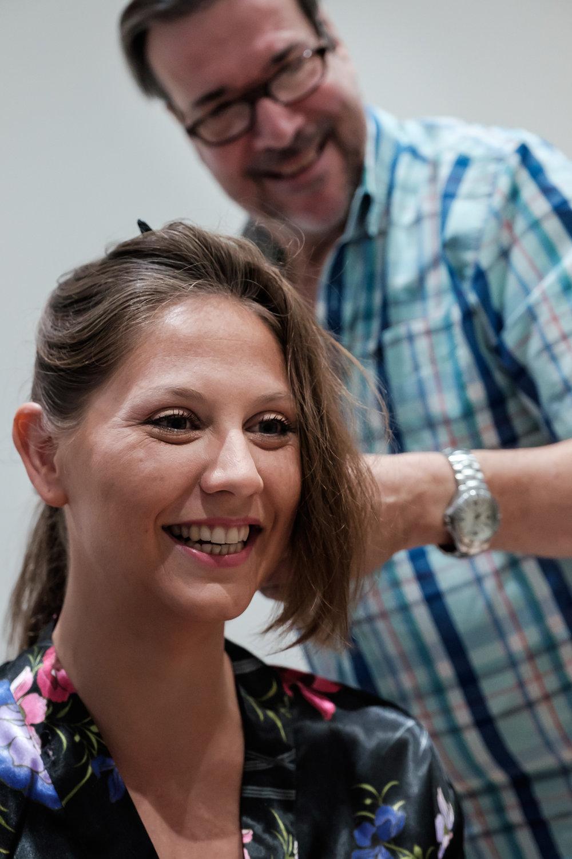 Britt & Jens zagen samen al de helft van de wereld, maar trouwen wilden ze graag in 'hun' Antwerpen.Met de huwelijksfotografen van iso800 trokken ze naar een pittoresk kerkje Lillo, vaarden met het prachtige zeilschip Marjorie II over de Schelde naar de voet van het MAS en gingen van daaruit het naar feestzaal LaRiva,