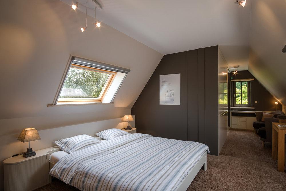 De Kleine Bever is een oase van rust in het al niet zo drukke Diksmuide. iso800 maakte voor Relaxy een interieurreportage van deze Bed and Breakfast.