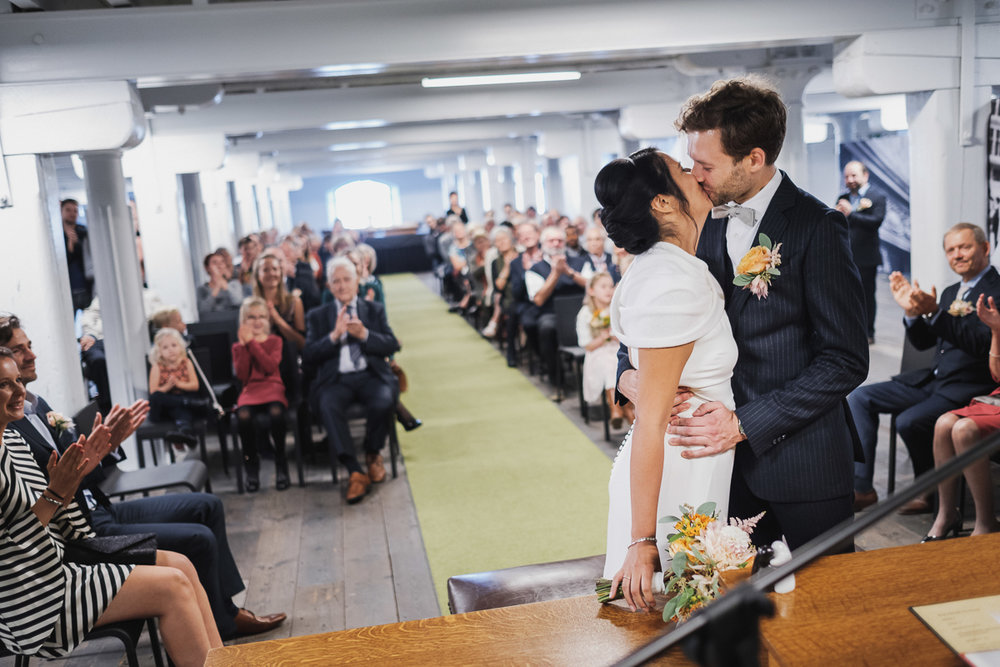 iso800-huwelijksreportage-sara &jan-ceremonie-felixpakhuis-ja-wo
