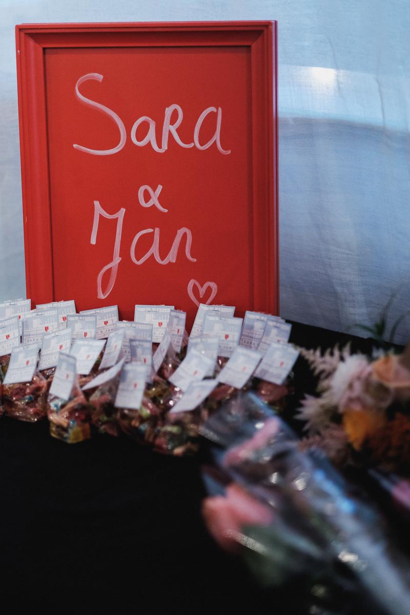 iso800-fotograaf huwelijk-sara en jan-lunch-felixpakhuis-bruid-b