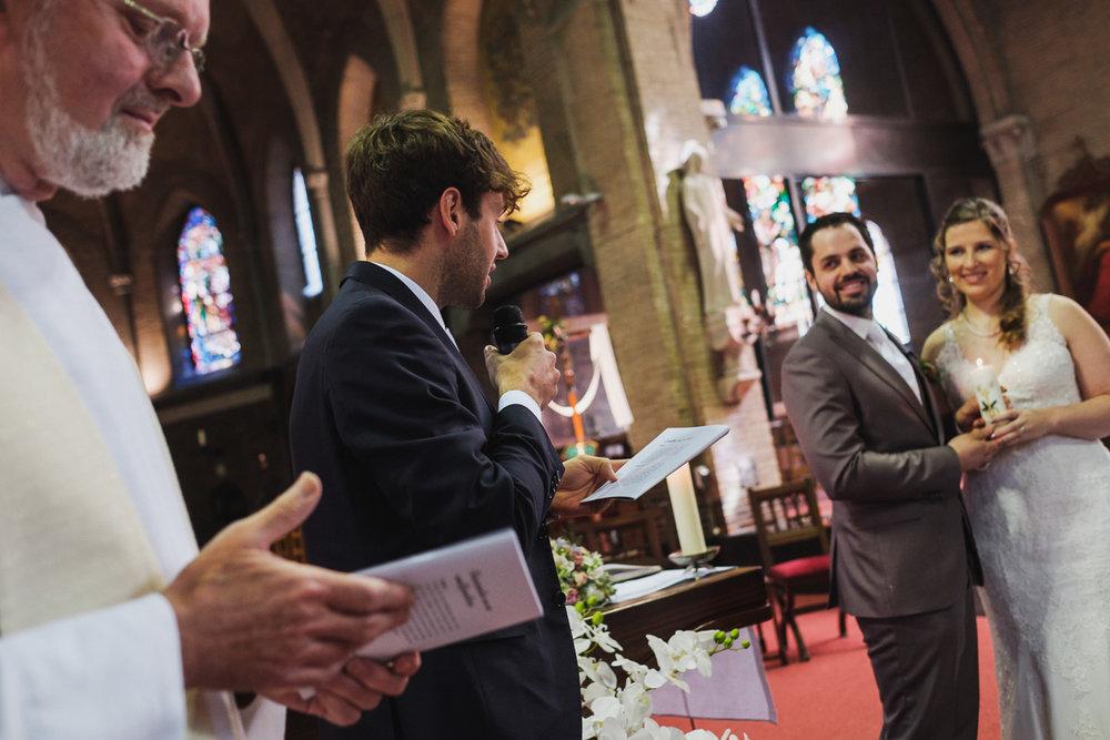 huwelijksfotograaf van Birgit & Christophe ceremonie in de kerk