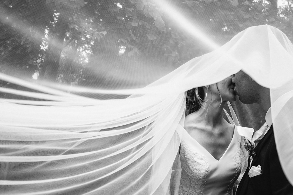 iso800 - fotograaf huwelijk Liesbeth en Karel -33.jpg