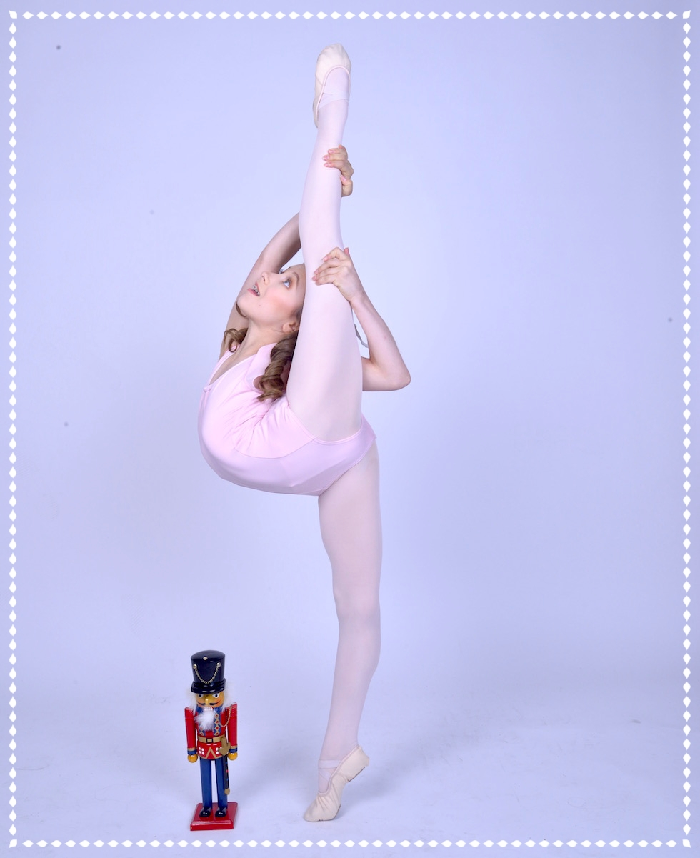 ELLIANA WALMSLEY  as Gracie in the World Premiere of  DANCE DIVAS NUTCRACKER    (photography by Michael Kushner)