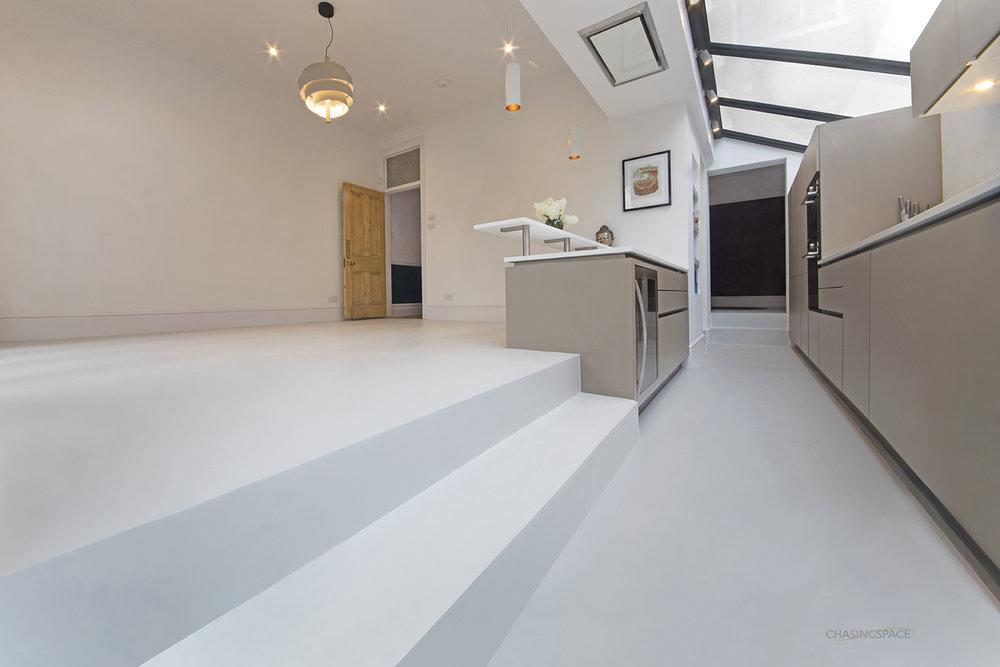 kitchen-resin-floor-steps.jpg