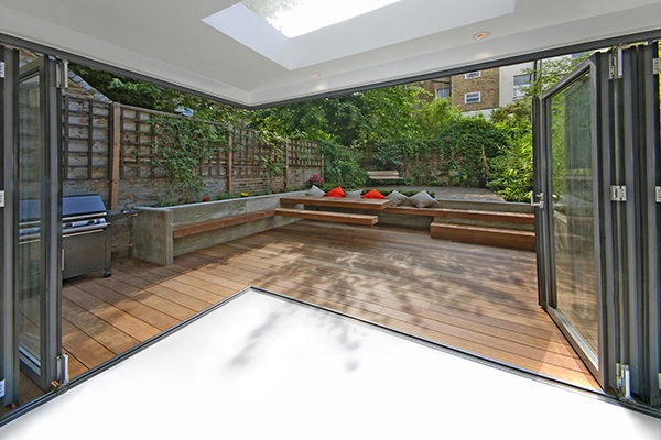 patio-resin-flooring.jpg