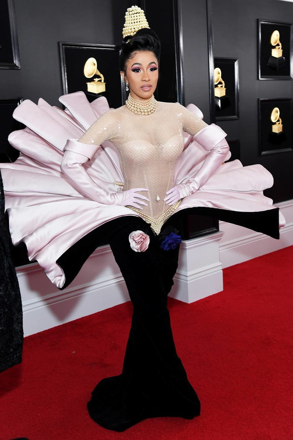 To be clear, we do not think this is best dressed but it is totally worth a conversation. Cardi doesn't play it safe which is awesome. However, she looks like a Disney character from the Little Mermaid. It's true, you see it too right?!!!  Dress: Vintage Theirry Mugler