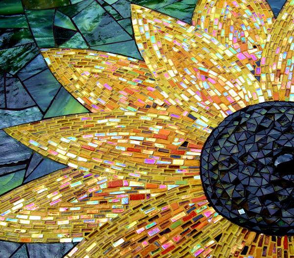 07-Goode-Sunflower-Table.jpg