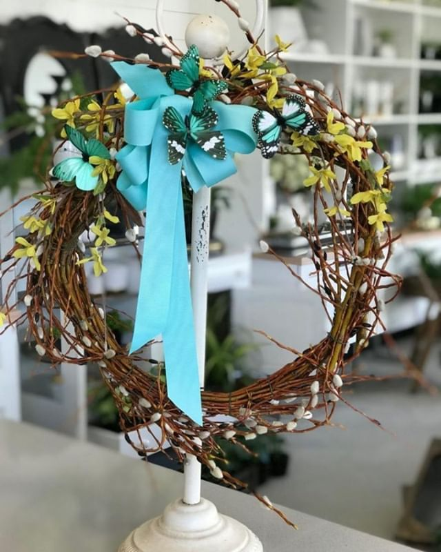 Get ready for Easter and join us for a workshop on Tuesday, April 2nd at 6:30 PM to create your very own pussy willow wreath. Pussy Willow Wreath - APRIL 2 https://ecs.page.link/d1SU . . .  #workshops #yqrworkshop #handmade #wascanaflowershoppe #wascanaflowers #festive #shoplocal #floristsofinstagram