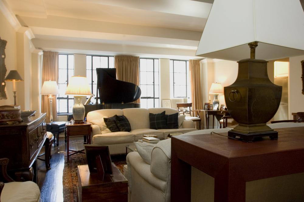Living Room06.jpg