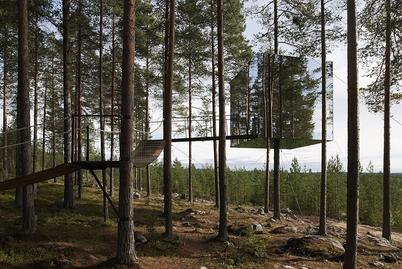 Tree Hotel by Tham & Videgard Arkitekter (  Image source  )