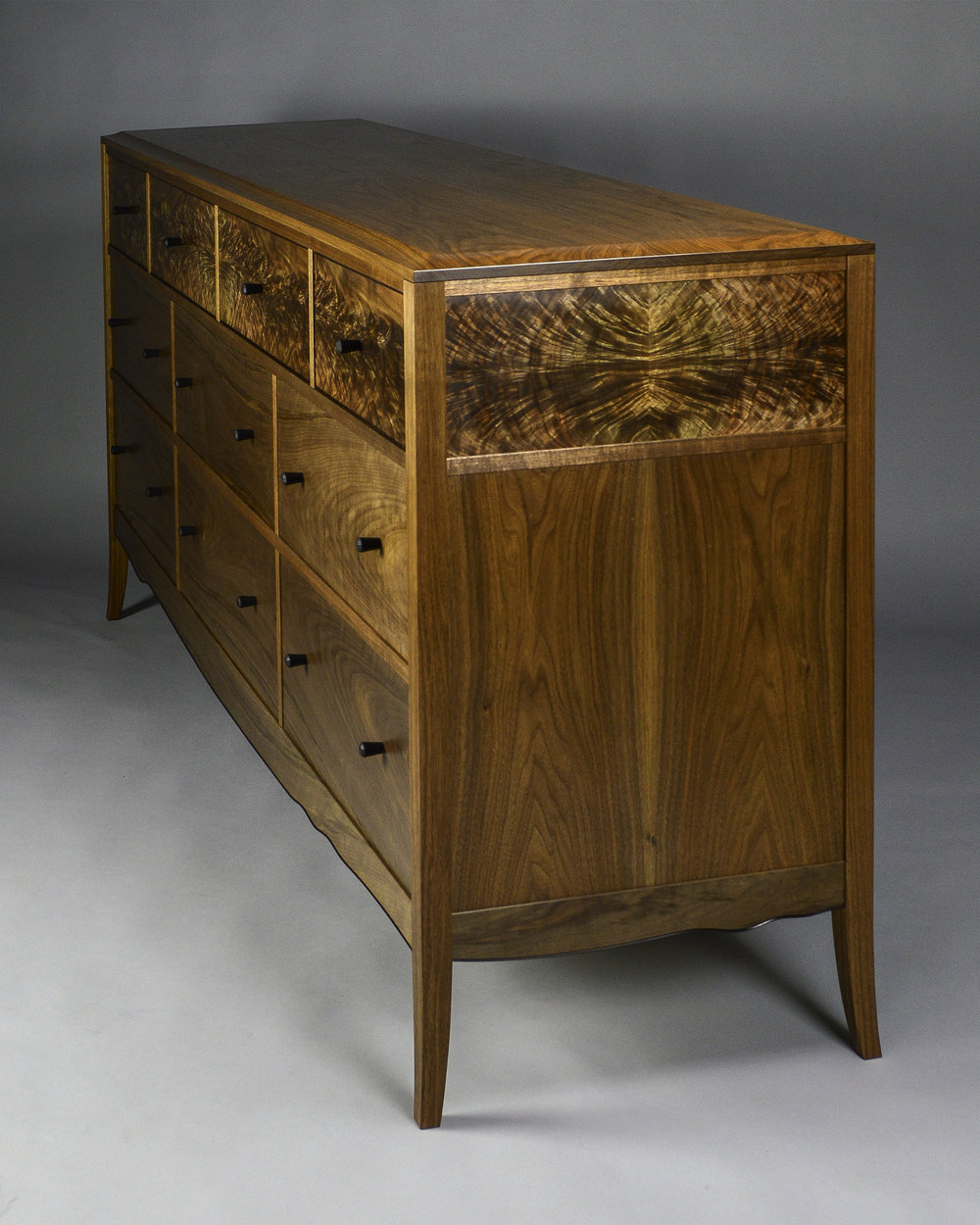 Chest of Drawers 4.jpg