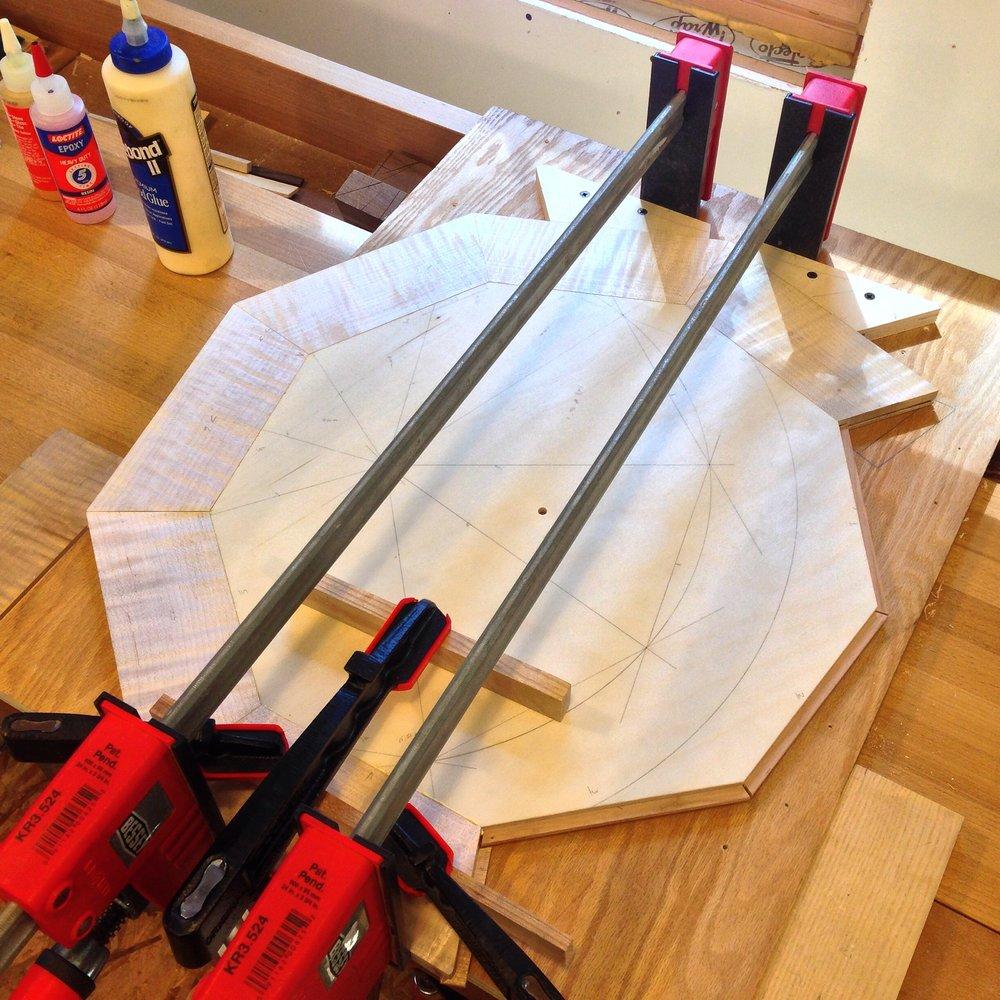 solid edging on veneer table.JPG