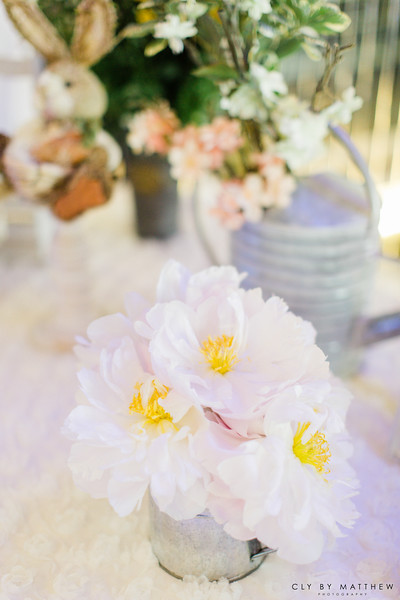 Korean First Birthday_Dohl_Events_Peter Rabbit Theme_Birthday Cake_Flowers_Peonies_Dohlsang.jpg