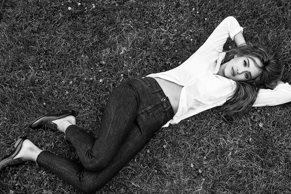 Jessica_Alba_DL1961_No2.jpg