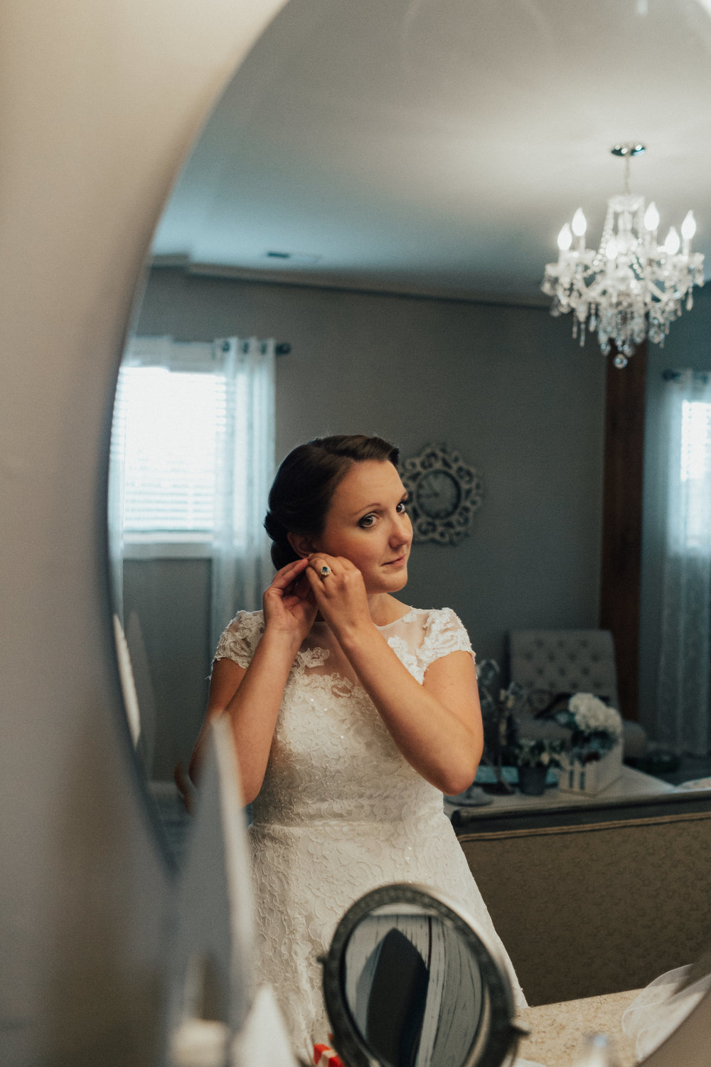 Bride getting ready at Shadow Creek