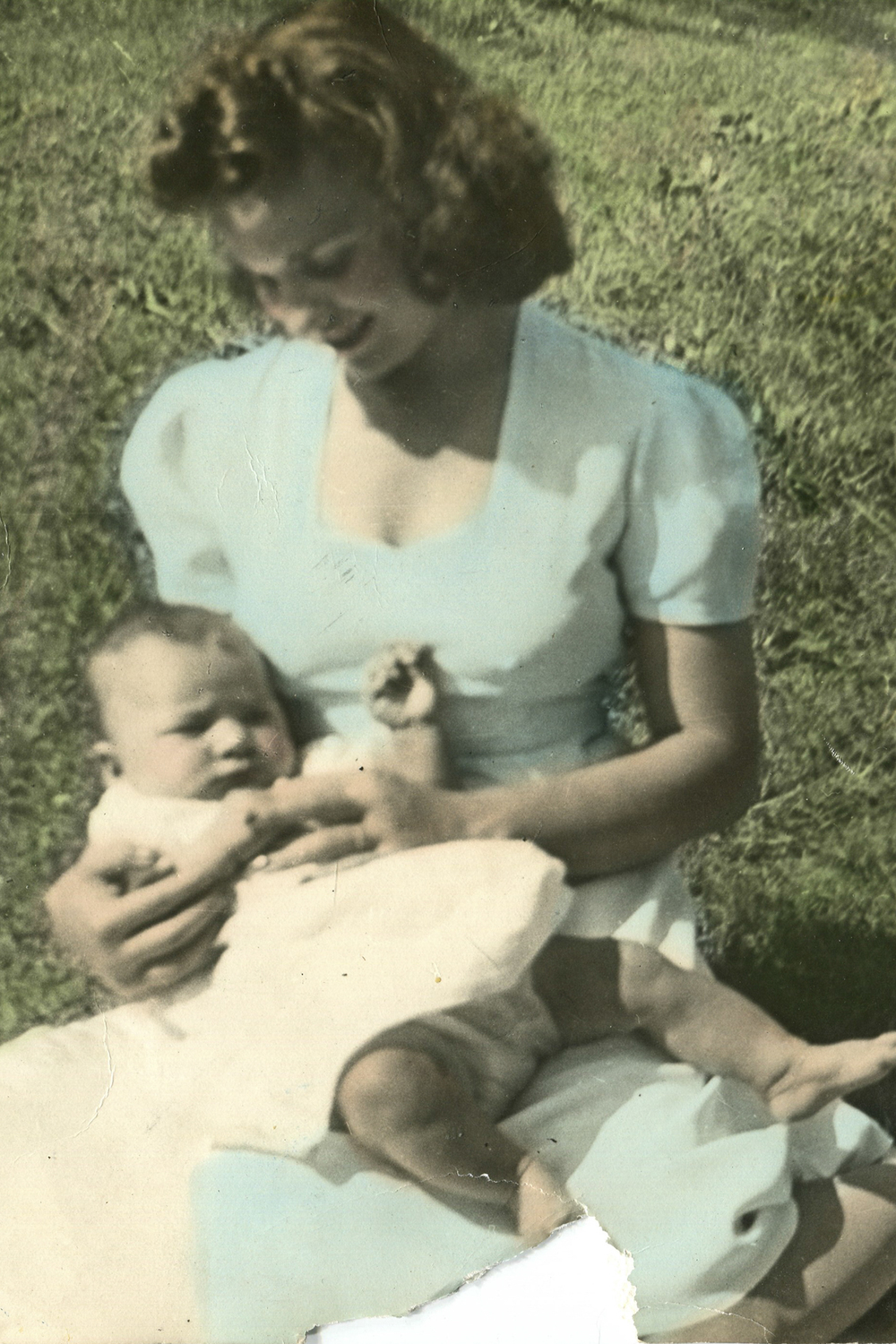 mom & cookie002.jpg