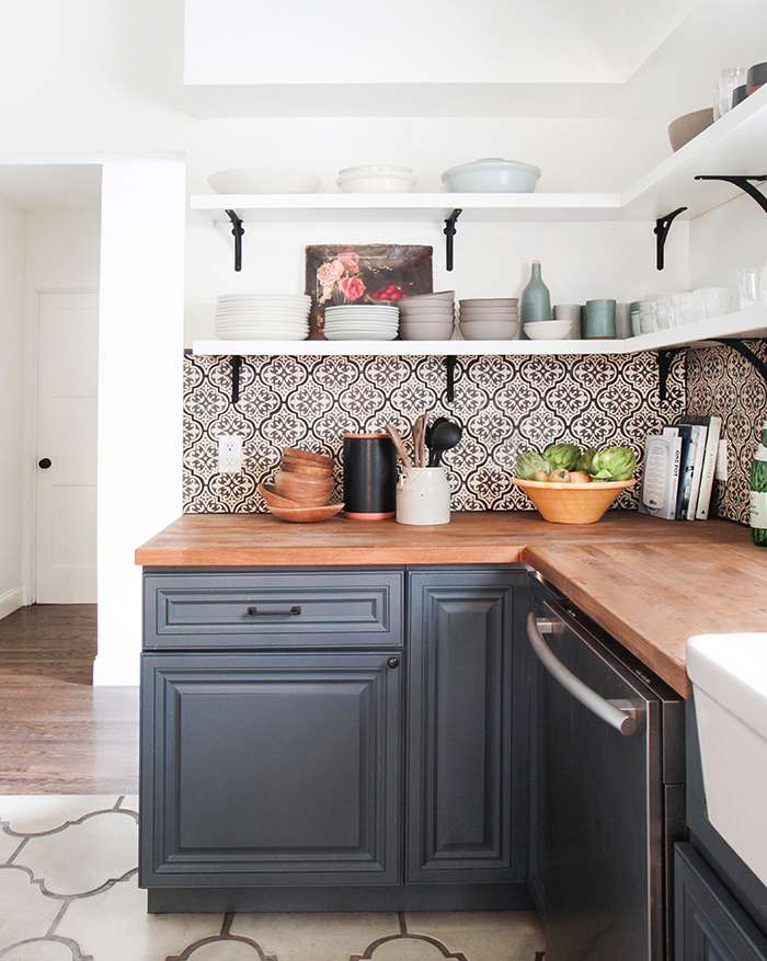 Currently loving spanish cement tile stevie storck for 3d cuisine bessines 79