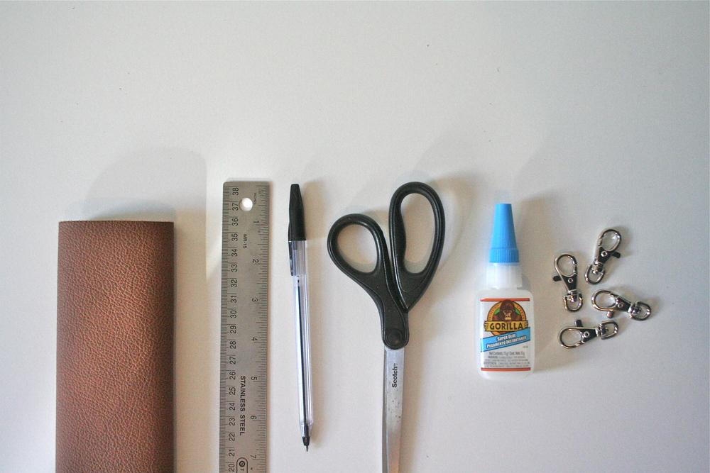 DIY Leather Tassel Keychain Tutorial - Stevie Storck Design Co.