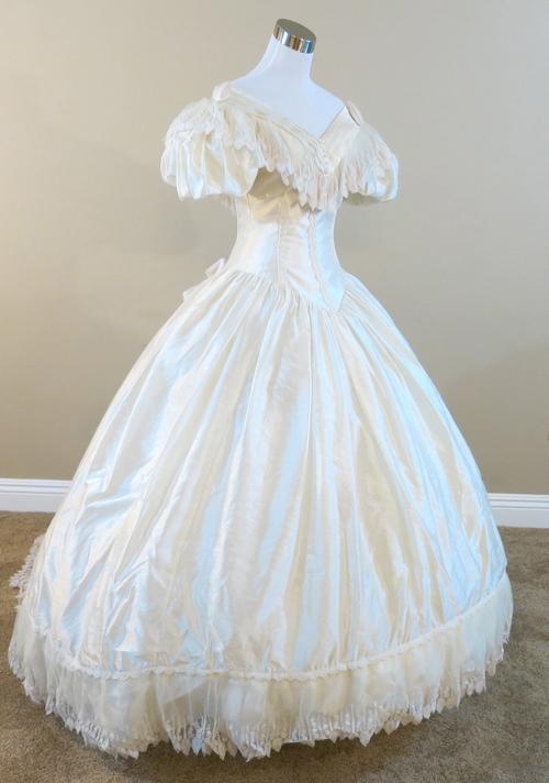 Vintage Ronald Joyce Wedding Gown (waist - 24\