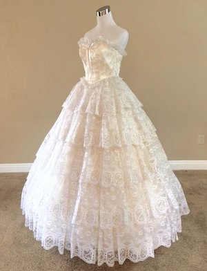 Vintage Ball Gowns — Civil War Ball Gowns & Belle-Styled Dresses