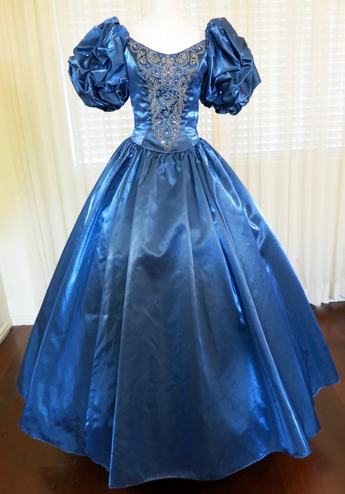 T22.1 Jeweled Ball Gown (waist - 22\