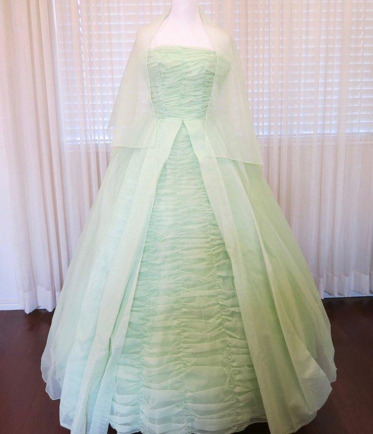T23.2 Mint Green Chiffon Ball Gown (waist - 23\