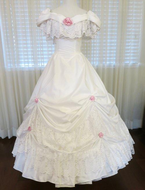 W24.1 White Rosebud Gown (waist - 24\