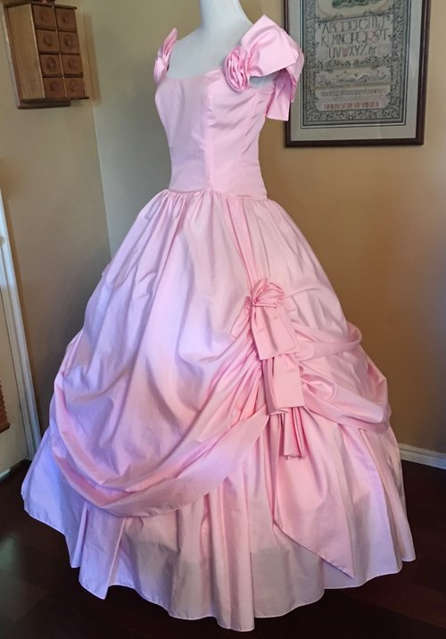 29.5 Soft Pink Gown (waist - 29\