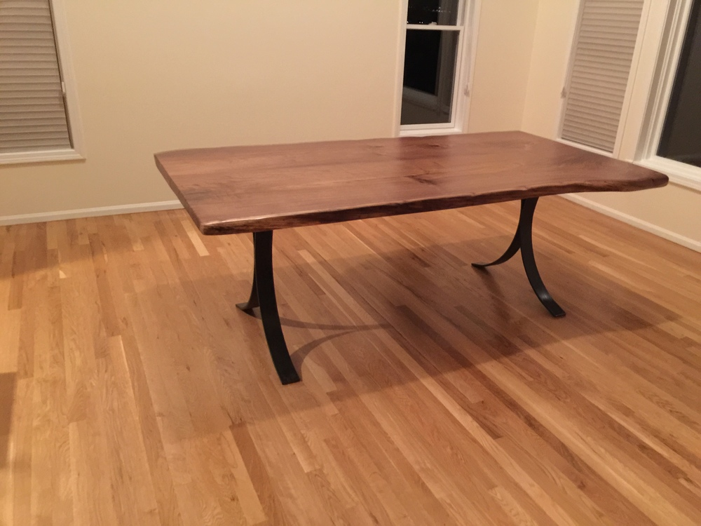 Subtle Edge Walnut Dining Table
