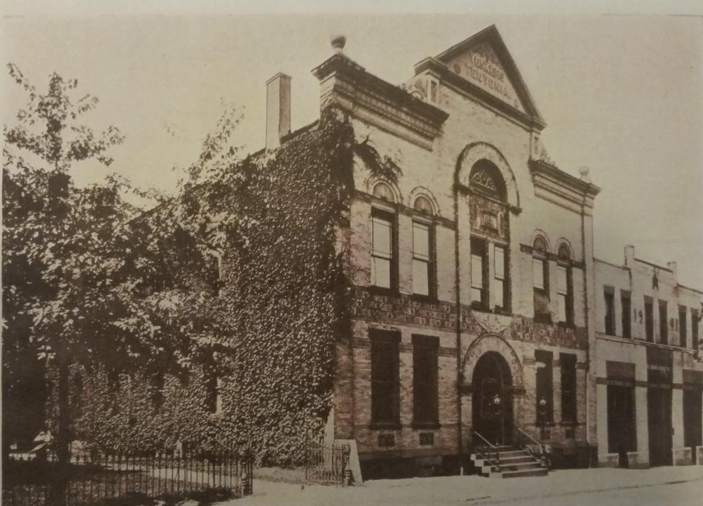 Teutonia Hall 1904.jpg