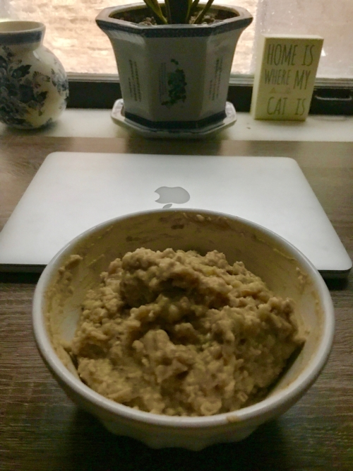 Banana & peanut butter oatmeal  : 1/2 cup oats, 1 banana, cinnamon, some chia seeds, with 1 egg whipped in during cooking & 1 Tbsp of peanut butter added at the end