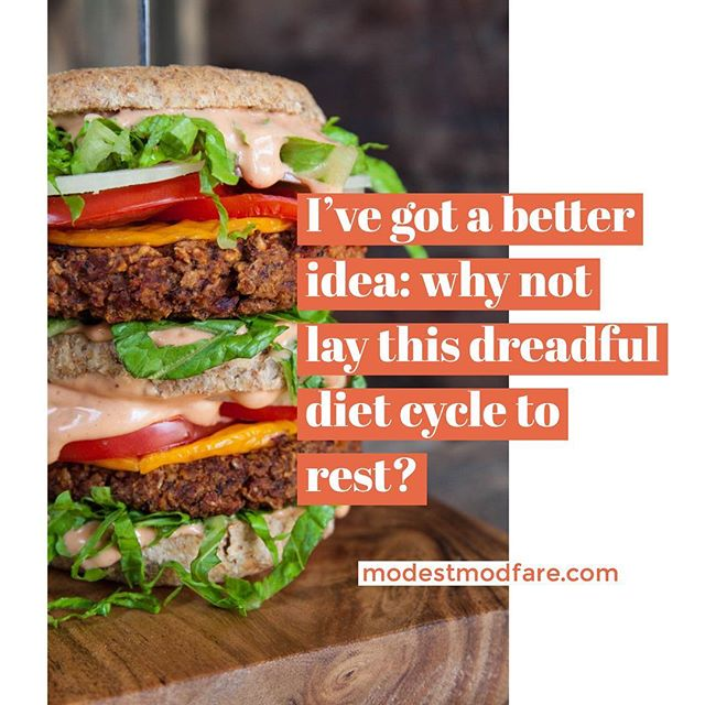 Tired of dieting?😩ME TOO! Today's blog post is all about intuitive eating and ditching dieting for good! Check it out! #linkinbio #blogger #chicago #intuitiveeating #nutrition #downwithdiets #rdeats #haes