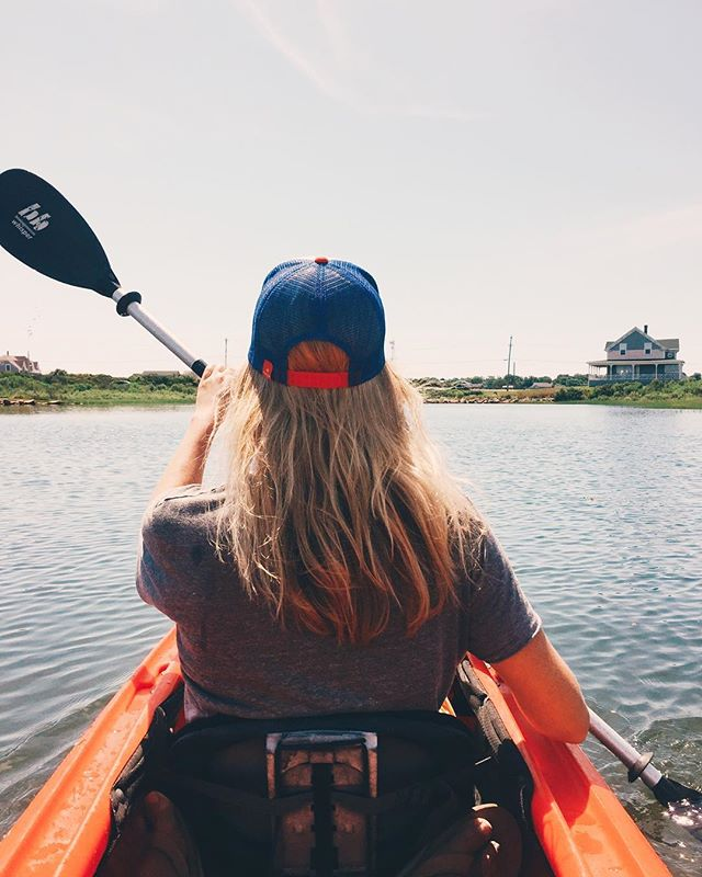 Kayaking in the salt pond 🚣🏼♀️ #blockisland
